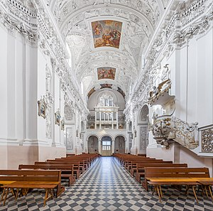 Church of St. Peter and St. Paul, Vilnius - Central nave looking south-west towards the entrance