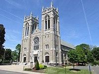 St Joseph Church, Bristol CT.jpg