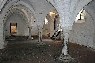 St. Olaves Priory, Herringfleet - St Olaves Priory, 13th century undercroft.