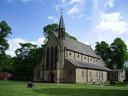 St Saviour's Church, Kearsley.jpg