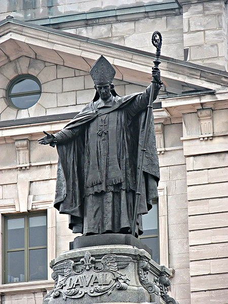 Fichier:Statue François de Laval.jpg