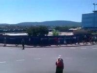 File:Stavka v Luki Koper, 5-8-2011 - 2.webm