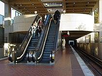 Suitland station showing mezzanine.jpg