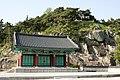 Sungsinjeon Temples.jpg