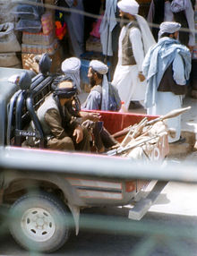 220px-Taliban-herat-2001_ArM dans Calomnie