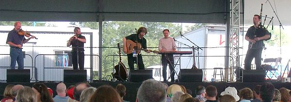 Scottish traditional group The Tannahill Weavers Tannahill weavers.jpg