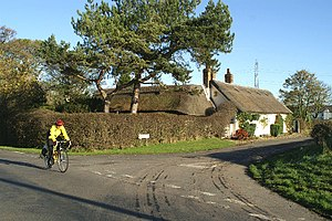 Treales, Roseacre and Wharles - Image: Thatched cottage, Cross Lane, Moor Side geograph.org.uk 80377