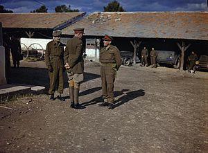 Vyvyan Evelegh - Evelegh (centre) with Lieutenant General Kenneth Anderson (right) and Brigadier C. B. McNabb (left).