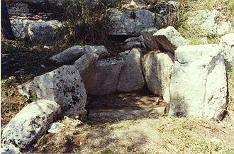 Polygonal dolmen - Cava dei Servi dolmen. Example of polygonal dolmen in Sicily