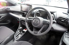 The interior of Toyota YARIS HYBRID G 2WD (6AA-MXPH10-AHXGB).jpg