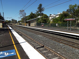 Thomas Street Railway Station, Queensland, Sep 2012.JPG
