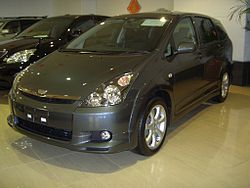 Toyota WISH (Japan, 2003)