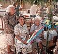 Três senhoras açorianas da Armação do Pantano do Sul.jpg