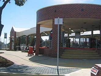 Gosnells railway station - Station front in April 2005