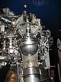 Turbopompe moteur Vulcain fusée Ariane 5.jpg