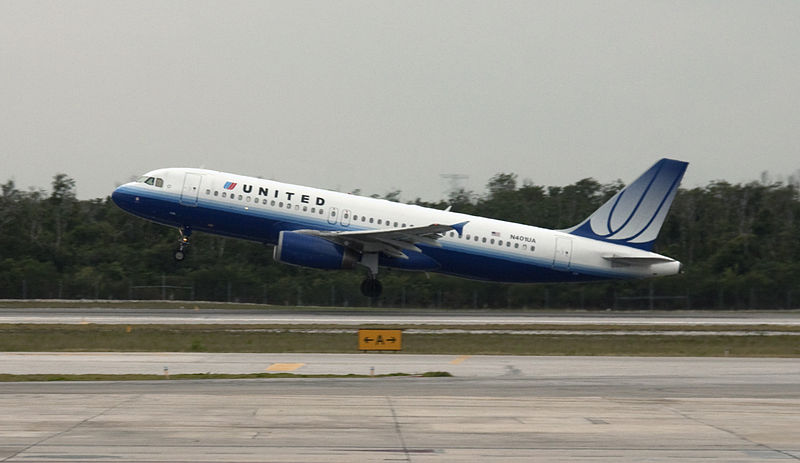 United Airlines Airbus Seen at Cancun Airport