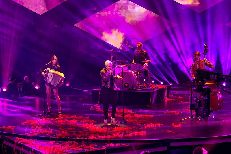 File:Unser Song für Dänemark - Sendung - Elaiza-2727.jpg