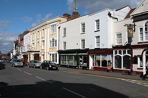 Upton-upon-Severn - Image: Upton Upon Severn High Street(Philip Halling)Apr 2006