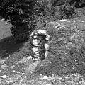 """Vhod v """"repno jamo"""" (za repo pozimi), Javornik 1959.jpg"""