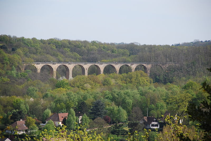 Le viaduc des Fauvettes entre Bures-sur-Yvette et Gometz-le-Châtel.