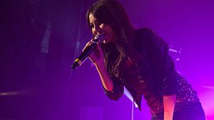 Victoria Justice - Justice singing in August 2011