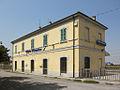 Villetta Malagnino stazione ferr esterno.JPG