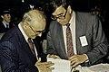 Visite de Mr Curien au SIA 1991-8-cliche Jean Weber.jpg