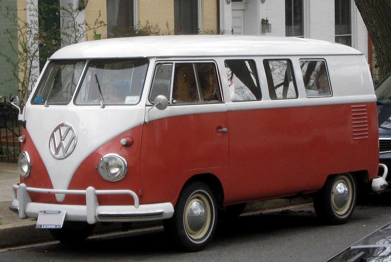 File volkswagen type 2 wikimedia commons for Furgone anni 70 volkswagen