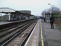 Wandsworth Town stn slow eastbound look west.JPG