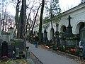 Warsaw Powazki 2007 11 02 04.JPG