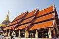 Wat Phra That Lampang Luang (29671184960).jpg