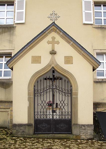 Wayside chapel in Hobscheid, Luxembourg, rue de l'église