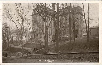 West Hall (Rensselaer Polytechnic Institute) - Image: West hall postcard