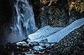 Where the water falls (21300158754).jpg