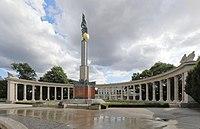 Wien - Heldendenkmal der Roten Armee.JPG
