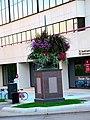 Wisconsin Ave. Eastside Flower Pedestal - panoramio.jpg