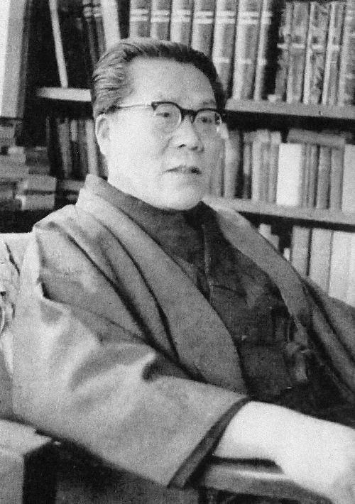 河盛 好蔵(Yoshizo Kawamori)Wikipediaより