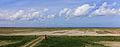 Zicht vanuit de uitkijktoren over zomerpolders, drinkdobben en kwelders. Locatie, Noarderleech 002.jpg