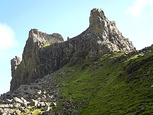"""Quiraing - Image: """"The Prison"""" rock formation in Quiraing, Isle of Skye"""