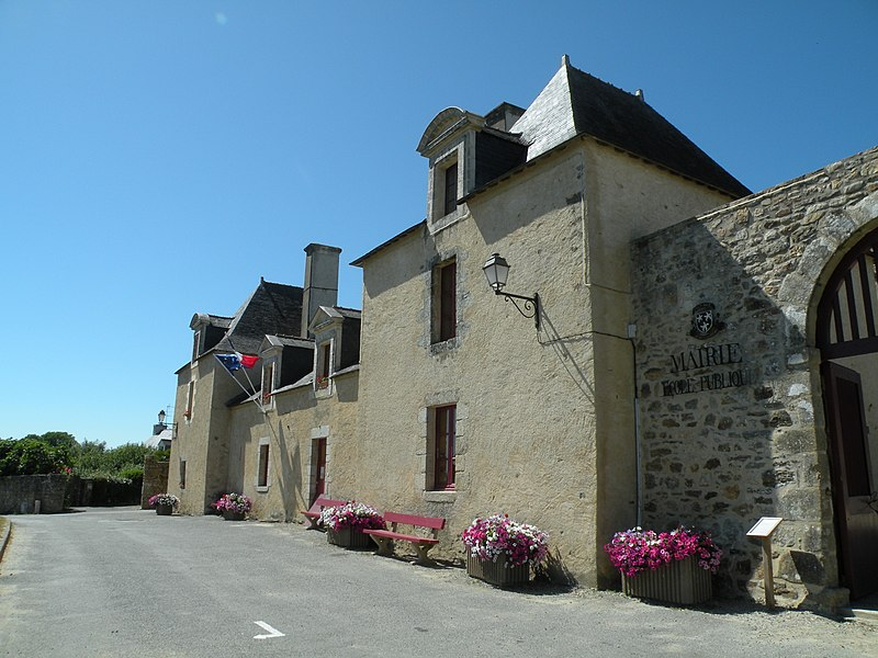 Fichier:Île-d'Arz - mairie-école.jpg
