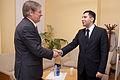 Ārlietu komisijas priekšsēdētājs Romualds Ražuks tiekas ar Gruzijas vēstnieku (6301807697).jpg