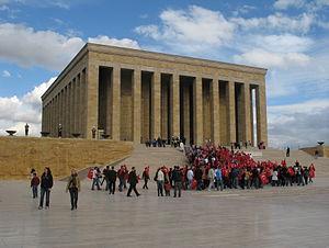 O Anıtkabir, o mausoléu do fundador da República Turca Kemal Atatürk, em Ankara.