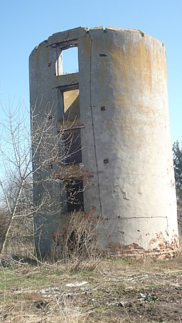 Водонапірна башта. Маєток фон Мекк (Копилів)