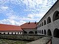 Замок Паланок, внутрішный двір-3.jpg