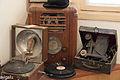 גרמופון , רדיו, תקליטים.jpg