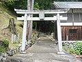 吉野町西谷 春日神社 Kasuga-jinja, Nishitani 2011.6.06 - panoramio.jpg