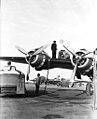 01-00-1949 05766 Tankbeurt vliegtuig (5287962660).jpg
