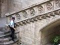 080 Generalitat de Catalunya, escala del pati central.JPG