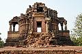 0B Ajaigarh 4 sides temple.jpg