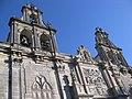 172 Sta María de los Reales Alcázares, façana de l'Adoració.jpg
